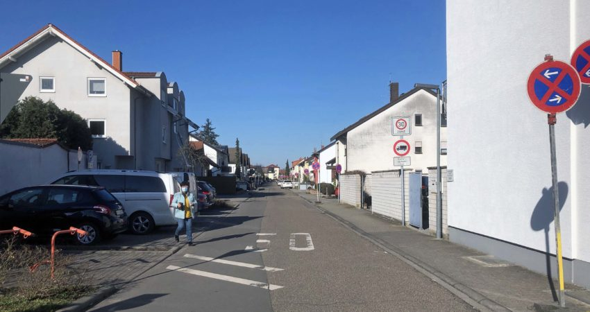 Carl-Benz-Straße Neulußheim kurz vor den Bauarbeiten